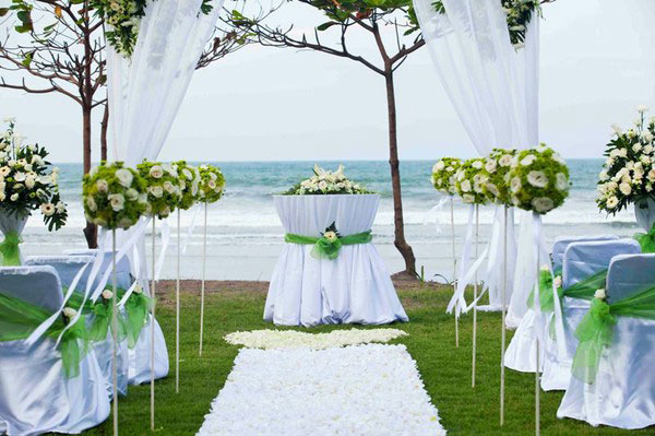 Beach wedding in bali wedding planner bali bali rainbow weddings gay wedding bali wedding beach in bali junglespirit Images